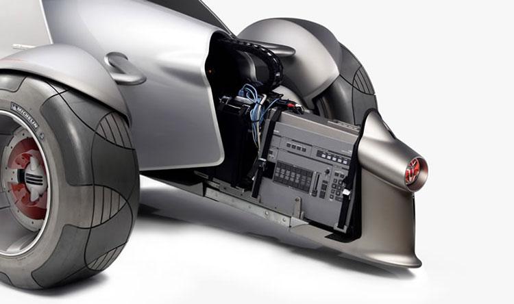 Toyota MTRC, Motor Triathlon Race Car, electric & hydrogen off-road sports concept. 2004 Toyotas future tandem two seat race car. cool-3d-concepts.