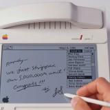 cool-3d-concepts-apple-'80s--Macphone-1984